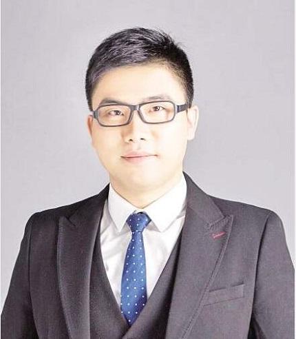 11月24日,宁波口腔医院副院长来厦开种植牙讲座